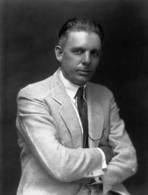 William J Howey